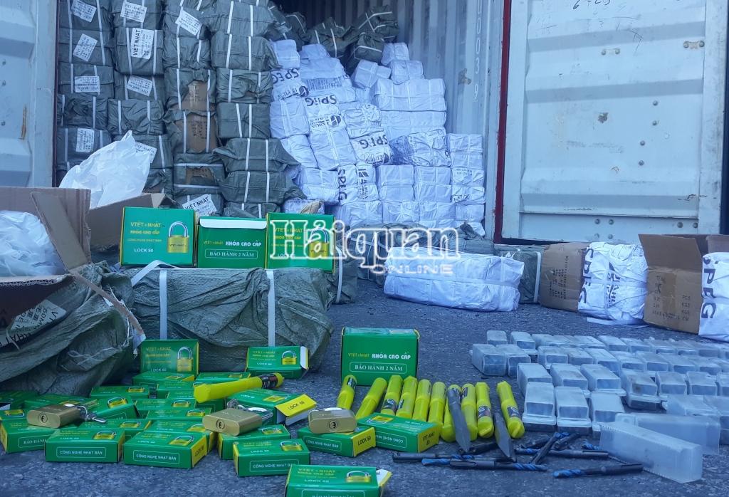70.000 ổ khóa, mũi khoan Trung Quốc giả mạo thương hiệu bị bắt giữ tại Hải Phòng